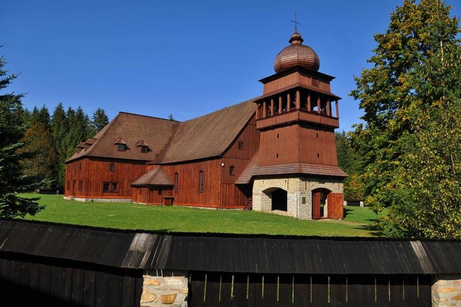 Svätý Kríž - dřevěný evangelický kostel / wooden church (25 km)